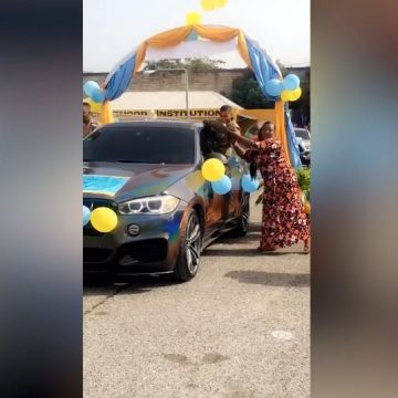 'Drive Through Graduation' For Students Of Dunrobin Primary School