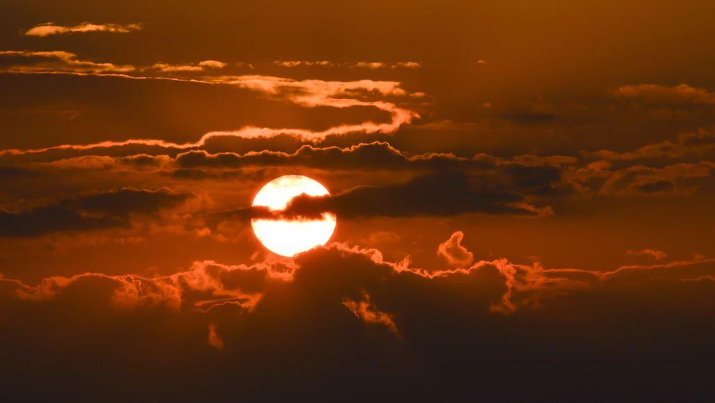 Saharan Dust: Health Tips + Tune Tracking