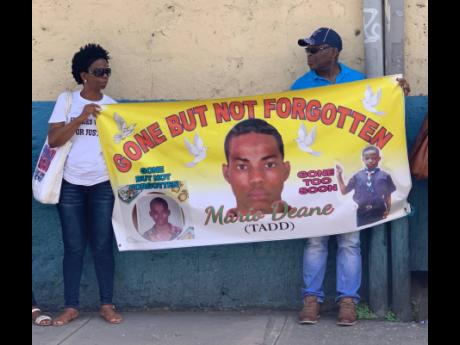 Trial For Police Officers In Mario Deane's Case Begins
