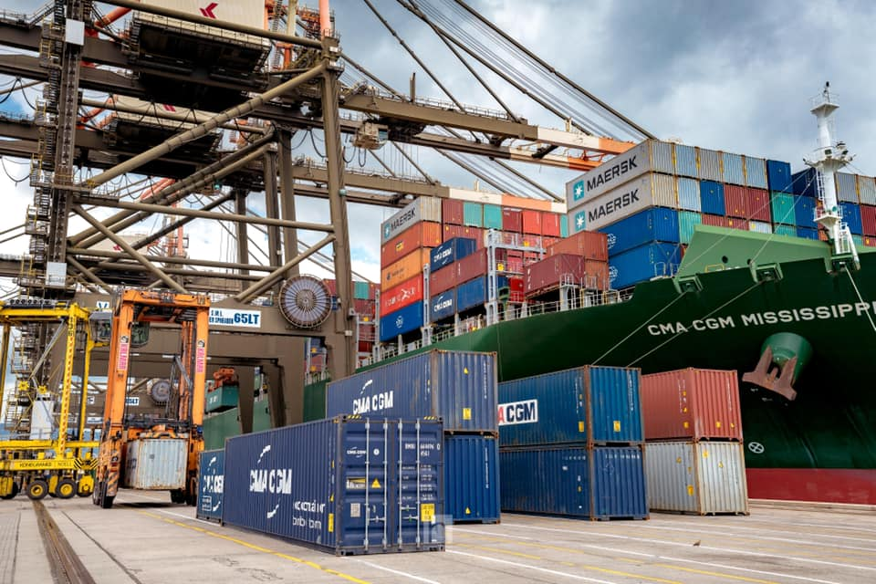 Returning Residents Request Waiver for Goods Stuck At Wharf