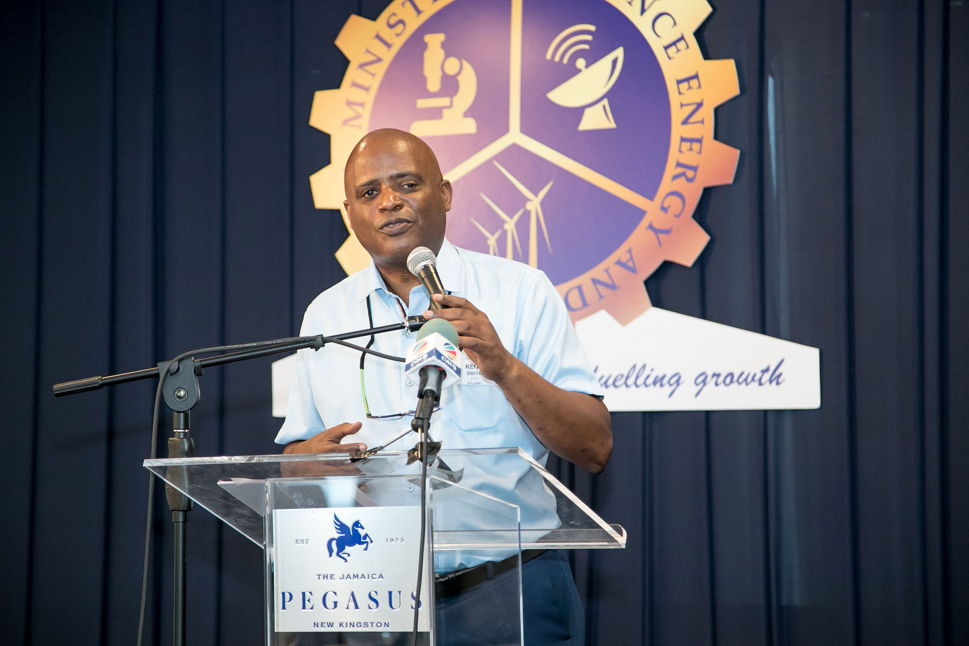 E-Learning Jamaica Distributes Over 200,000 Tablets