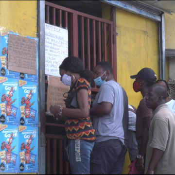 Jamaicans Split on Lockdown Effectiveness