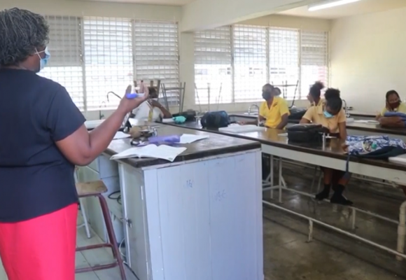 Opposition Rejects Differentiated Compensation for Teachers
